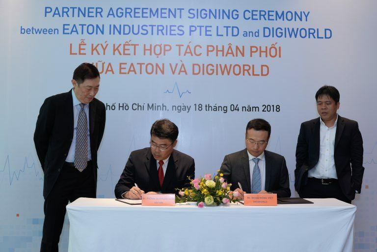 Tập đoàn Eaton chính thức ký kết hợp tác phân phối với đối tác Digiworld 1 768x513
